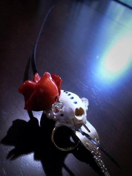 skull_rose_home