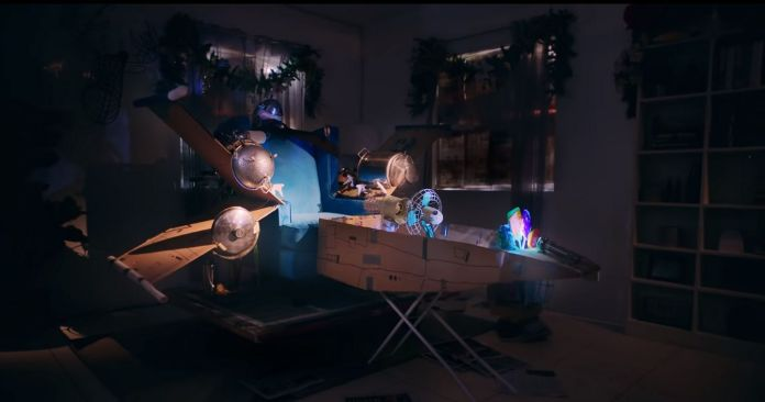 Campaign Spotlight: Globe and Wunderman Thompson Takes You On a Heartwarming Intergalactic Adventure With an Unexpected Ending