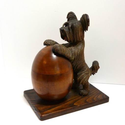 Anri Carved Wood Humidor