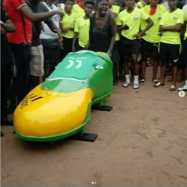 Ghanaian female footballer laid to rest in a boot-shaped casket (Photos) 4