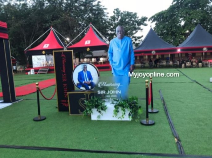 Funeral rites of Sir John underway at Sakora Wonoo [Photos+video] 3