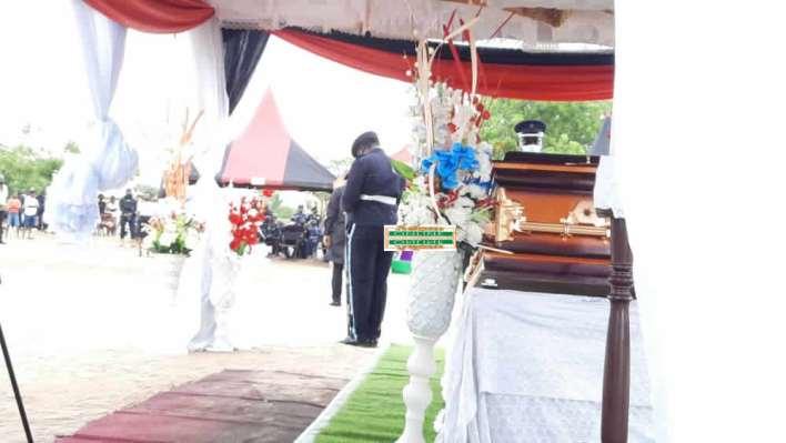 Hundreds bid farewell to policeman killed in bullion van robbery