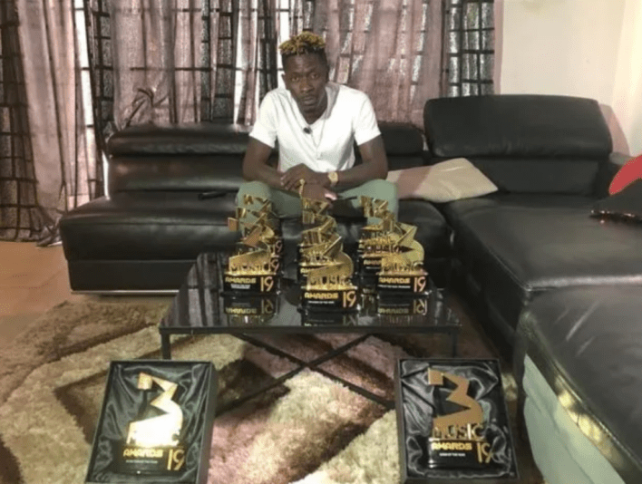 Shatta Wale shows off his 11 3Music Awards plaques in 2019