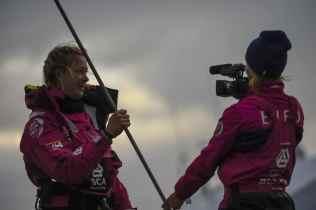 2014-15, VOR, Volvo Ocean Race, Team Alvimedica, Crowd, night, Team SCA, Sophie Ciszek, OBR, Anna-Lena Elled