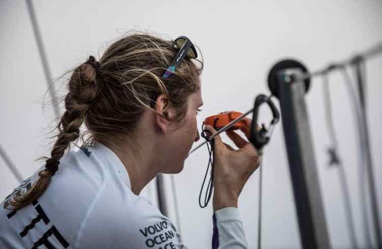 Team Akzonobel,Cécile Laguette,bearing check
