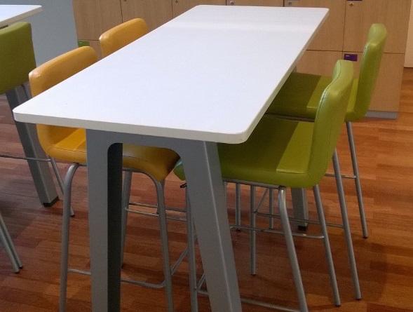 Table Haute Steelcase B Free