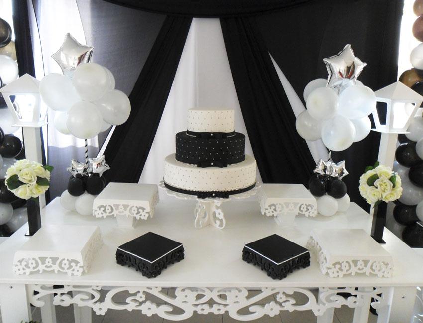 Aluguel Decoração Para Festa de 15 Anos Preto e Branco