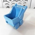 Locação de Mini Carrinho de Bebê Azul de Mesa