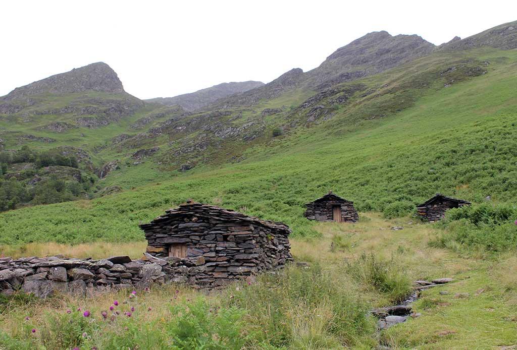 cabanes de la lit adour anes pyrenees