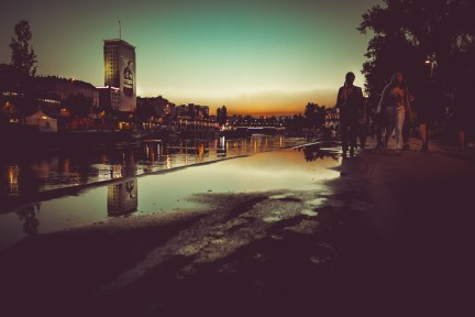 [BIG CITY NIGHTS] Blue hour at Donaukanal. Vienna at its best.