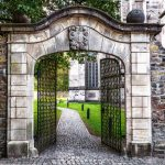 What are walled gardens