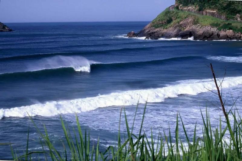 ondas perfeitas na prainha