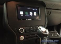 2015 Ford Mustang Apple CarPlay Radio Integration