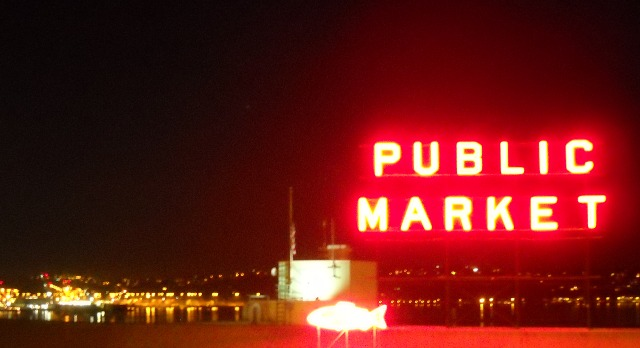 Pike Place at night #ABRtravels #travel
