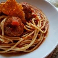 Espagueti y Albóndigas con Chipotle