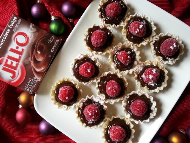 Sencillas Copitas de Pudín de Chocolate hechas con JELL-O Chocolate Instant Pudding