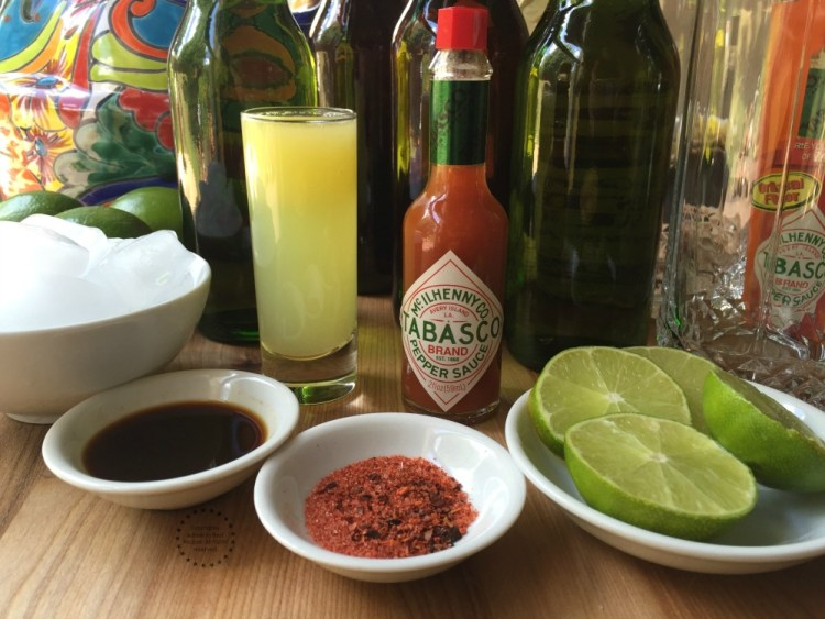 Ingredientes para la Michelada Clásica