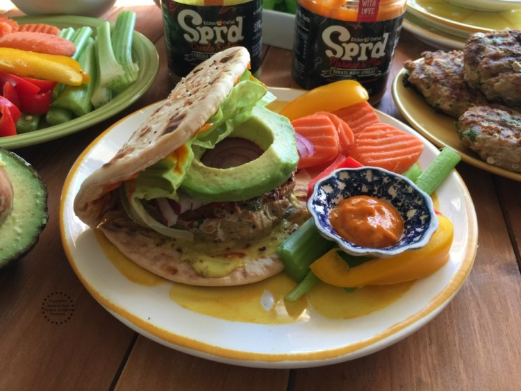 Lean Chicken Burger with a Creole Twist