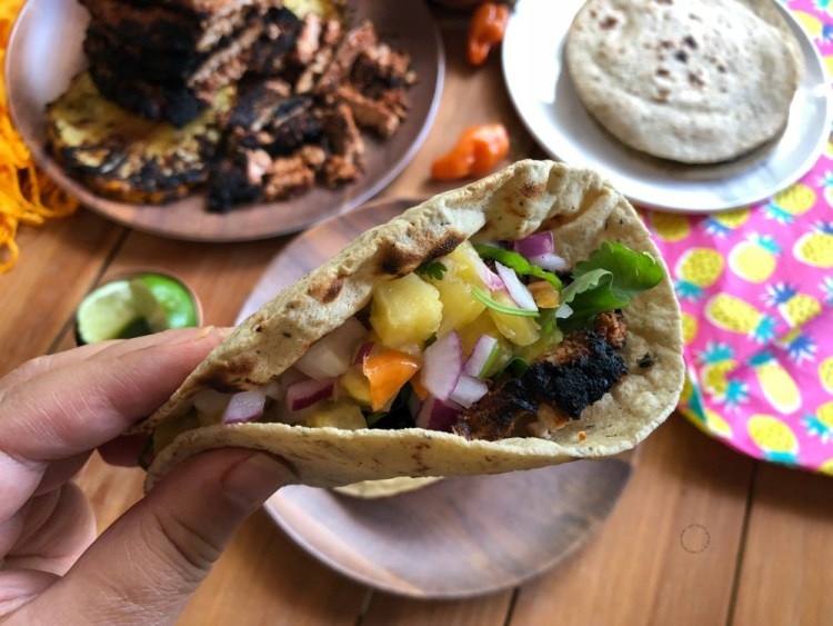 Are you ready to try this delicious pork tacos al pastor