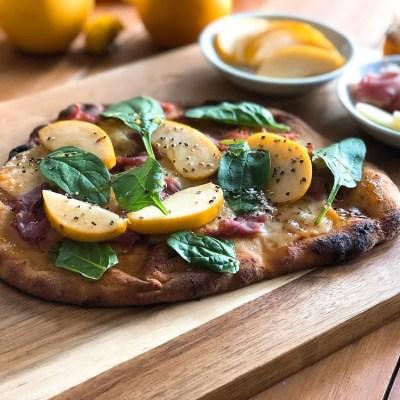 Pizza de Jamon Serrano y Manzana