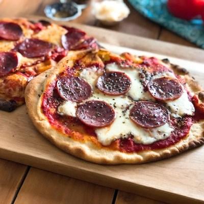 Pizza de Salami y Chorizo Español