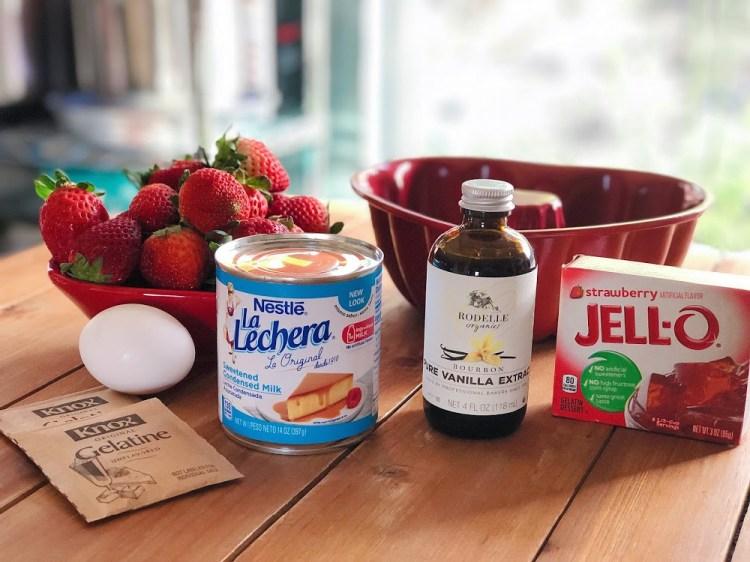 Ingredientes para la gelatina de fresas con crema