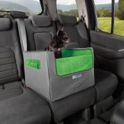 Kurgo Skybox Rear Dog Booster scaun elevator pentru câini, Chingile din spate ajută scaunul să se prindă în siguranță, folosindu-se de sistemul integrat de cuplare la centura de siguranță.