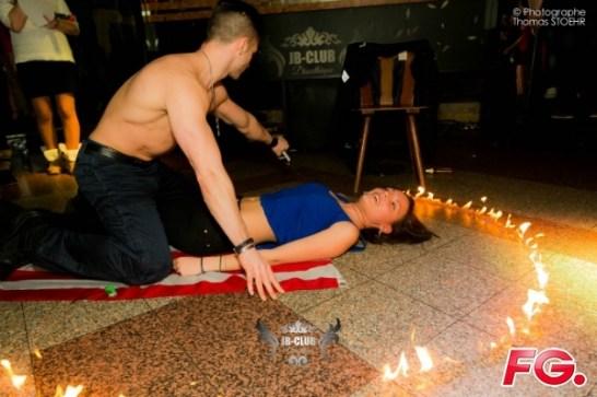 stripteaseur fire