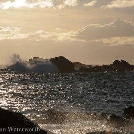 Half-Tide-Rock-Wave