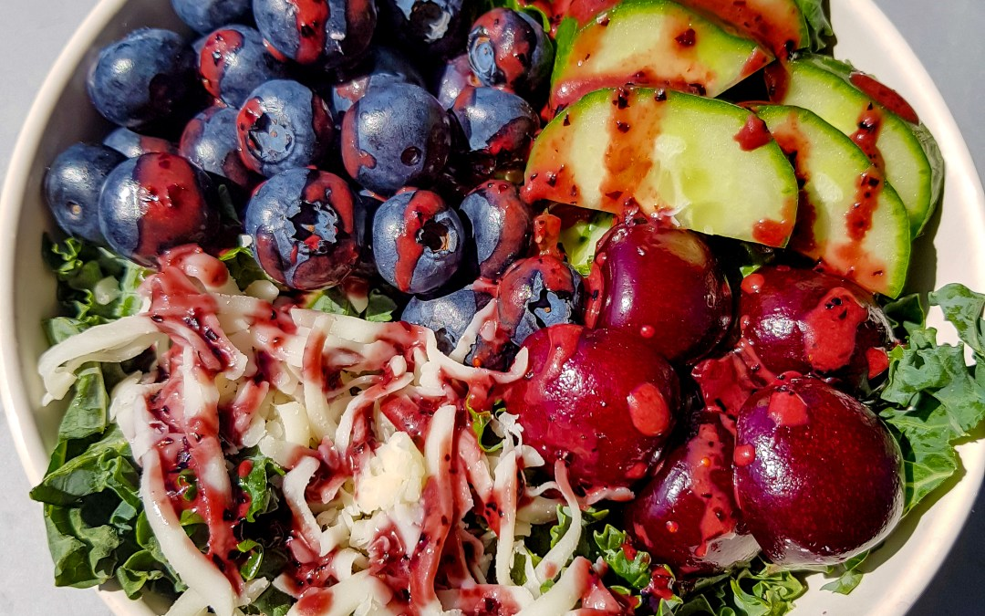 Quick and Easy Summer Blueberry & Kale Salad Recipe!