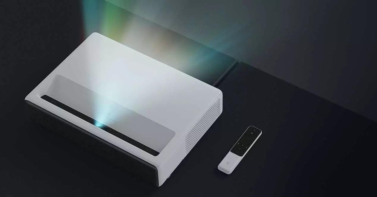 Mi-Laser-Projector_04