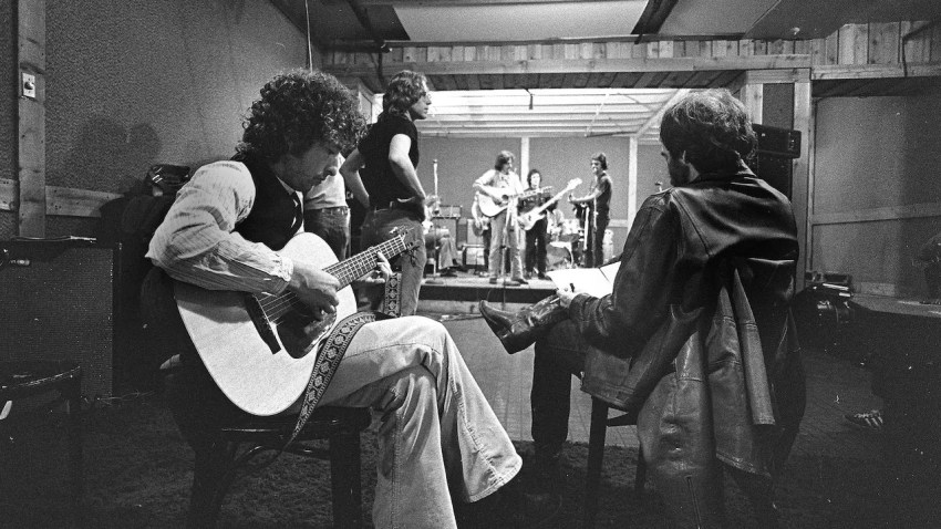 Rolling Thunder Review In Bob Dylan's Story