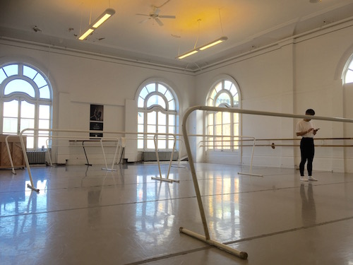 Choosing a suitable ballet class for adult ballet dancers