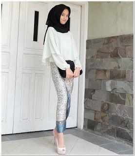 Baju kondangan anak muda simple hijab