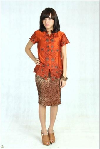 Desain baju kebaya modern lengan pendek