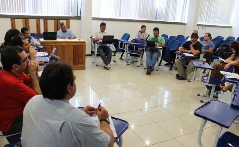 Fórum das Doze indica novas paralisações por maior orçamento para as Universidades Baianas