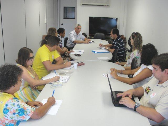 Fórum de Reitores declara que não pediu a suspensão da negociação sobre o quadro de vagas