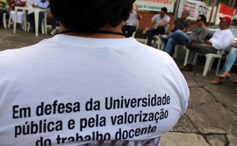 MOVIMENTO DOCENTE REJEITA O REMANEJAMENTO DE VAGAS E EXIGE UMA NOVA PROPOSTA DO GOVERNO