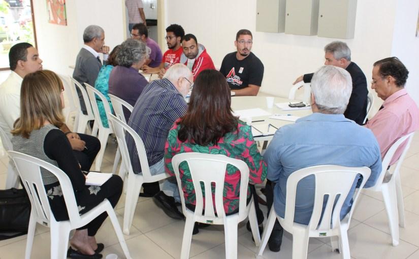 Governo reafirma a proposta de remanejamento de vagas e não discute 7% da RLI