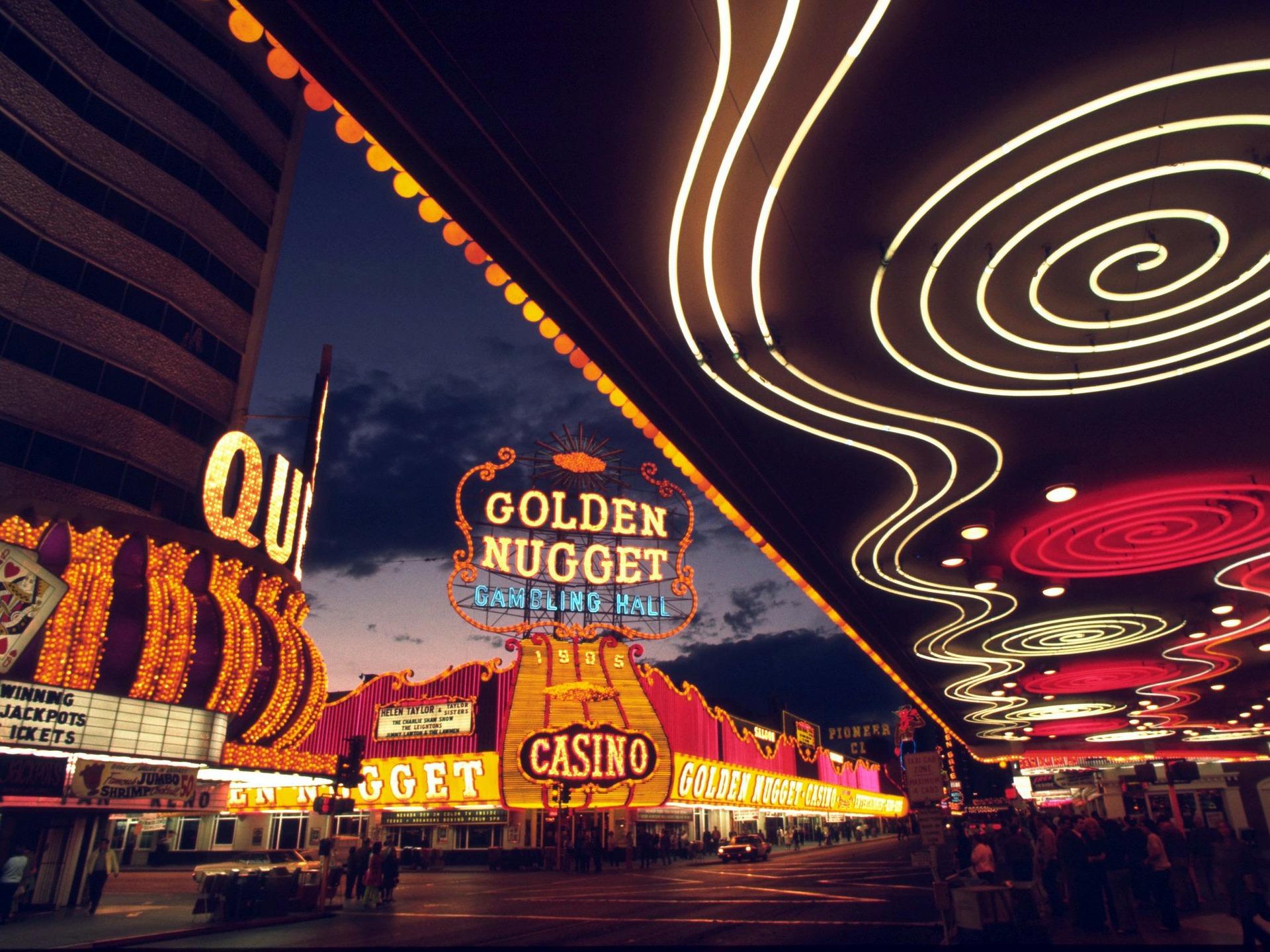 Open Poker Rooms in Vegas