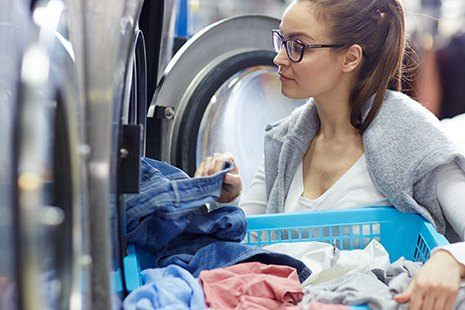commercial laundry equipment suppliers to laundromats