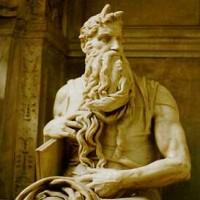 Moisés com chifres
