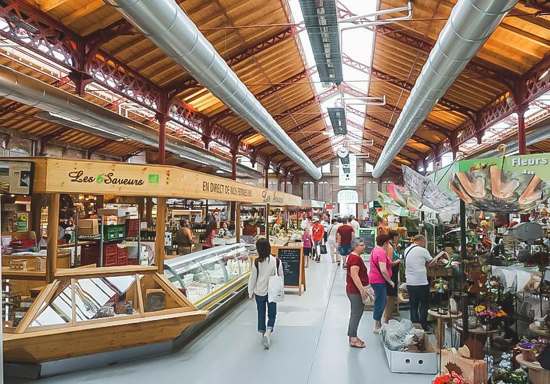 Vibrant Palette of Alsace_Colmar Market