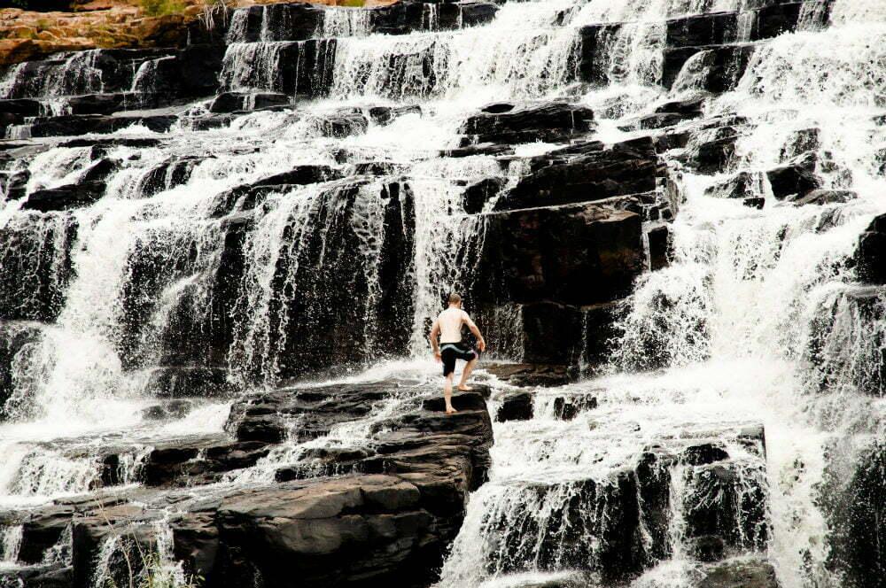Водопад ущелье Мэннинг - самые красивые места в Австралии