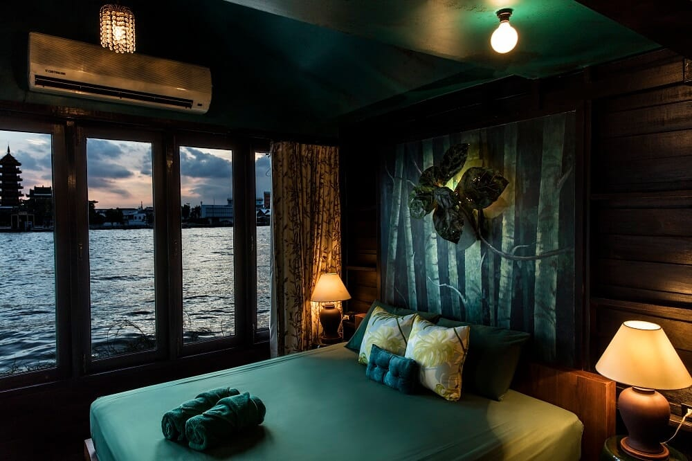 Loy La Long Hotel Green Room Review