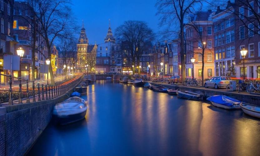 visit amsterdam netherlands - travel guide
