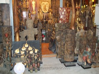 Chiang-Mai-Handicrafts-Shop2