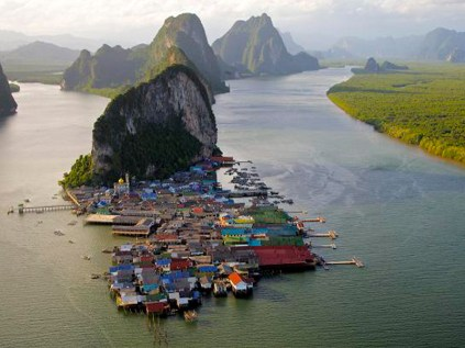 Koh-Panyi-Floating-Village-Phang-Nga