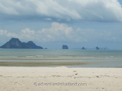 Krabi-White-Sand-Beach4