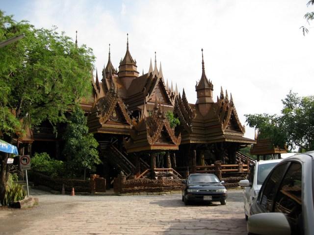 Wat Sangkhathan, Nonthaburi
